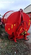 Carried spreader distributor Tomahawk 5050
